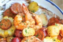 Seafood and Fish Recipes / Seafood recipes with shrimp, fish, or shellfish.  From seafood boils to broiled seafood these seafood recipes have it all.