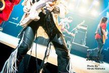 """ichiro """"Life Time""""Leather Pantsレザーパンツ / 2015年3月からスタートした長渕剛コンサートツアー2015""""ROAD to FUJI""""に引き続き 2015年8月22日、霊峰富士のふもとっぱらで夜通し朝まで開催される長渕剛さんの10万人コンサートで着用予定ギタリストichiroさんのステージ衣装【Life Time】 http://bobby-art-leather.com/3395  富士で10万人を相手に最前線で立ち向かうichiroさんの後方部隊のひとりとしてBobby Art Leather(ボビーアートレザー)も全精力を注ぎこませていただきます!  時にはワクからはみ出る勇気を持つ人のレザーブランド Bobby Art Leather http://bobby-art-leather.com/"""
