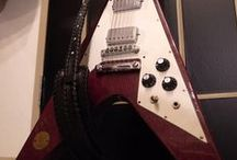 Guitar Strap|1971 FLYING V MEDALLION / http://bobby-art-leather.com/3610