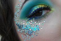 Makeup / Makeup inspiration, makeup techniques, and makeup ideas including eyeshadow and lipstick ideas.