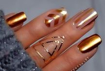 Nails / by lebeauBO