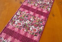 placemats and table runner