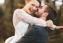 Heart Spirit Kokoro // OR DU MONDE / Symboles d'amour infini, les courbes délicatement entrelacées de la ligne KOKORO évoquent un lien indéfectible. Une célébration de l'amour, déclinée en  cinq alliances sophistiquées et deux bagues de fiançailles intemporelles. #love #kokoro #wedding #mariage #engagementring #fiançailles #heartspirit