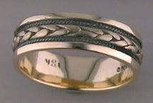 Gold Or Platinum Rings For Men / Search through our giant selection of quality gold and platinum rings for men.