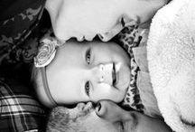 Smiley Faces / Czy może być coś piękniejszego niż szczery dziecięcy uśmiech? Radość malucha ogrzewa serce i rozświetla duszę. Sprawia, że wszystkie smutki topnieją, a problemy odchodzą gdzieś daleko. Podaruj swojemu dziecku wszystko, co potrzebne do szczęścia.    #Mlekolandia #radosc #usmiech #dziecko