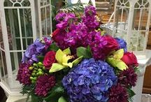 Floral Centerpieces / Different pins of floral centerpieces made for weddings, parties and events.