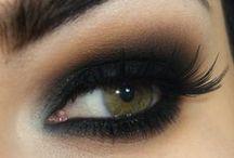Makeup / MEIKKAUKSIA