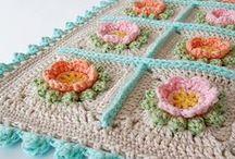 ༺ ♥ Cushions Crochet ♥ ༻