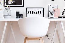 Wohnideen für den Arbeitsplatz / das Büro / Wohninspiration für dein Zuhause. An einem schönen Arbeitsplatz arbeitet es sich doch gleich viel besser. Also lass dich inspirieren und richte dir deinen Arbeitsplatz / dein Büro schön ein. Hier findest du jede Menge Einrichtungsideen und Dekoideen.