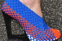 Adoro le scarpe / Shoes: wanted, liked, must have / Scarpe: le voglio, le amo e devo averle tutte!