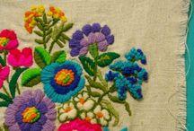 Bordados, tejidos y telares