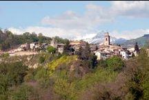 Rotella / Di origine antichissima, forse preromana, Rotella deve il nome alla sua posizione strategica. È posta alla confluenza del fiume Tesino e del suo affluente Oste a 395 m s.l.m., alle pendici del Monte dell'Ascensione.
