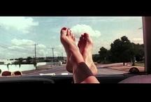 """Celuloide / Pequeña colección de películas, escenas, personajes y directores interesantes. """"Una película es (o debería ser) como la música. Debe ser una progresión de ánimos y sentimientos. El tema viene detrás de la emoción, el sentido, después"""" (Stanley Kubrick) / by Cami en la luna"""