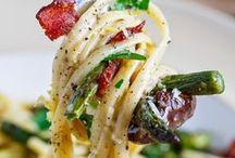 FOOD--yummy / by Kristina McCormick