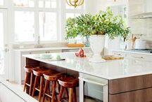 kitchen. / by Alba C