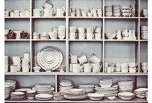 Display / Ways to display pottery.