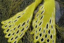 Knitting / by Amelia Lopez