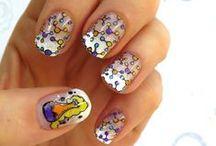 NAILS: Geek / Geek nail art inspirations #Nerd #nerdy #geek #science #woman #biotechnology #biology #laboratory #chemistry