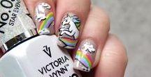 NAILS: Rainbow & unicorn / Nailart ideas and inspirations Unicorns, rainbow, holographic