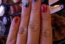 Dental Nail Design / Here are some cool photos of dental nail art. You should try this out!