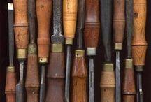 wood's stuff / cose di legno, wood carving
