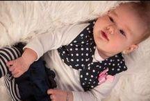 Dirkje Babywear meisjes / Ontdek de prachtige #Dirkje Babywear collectie winter 2014 voor baby's en kindjes vanaf maat 50 t/m 116. Ook dit seizoen heeft Dirkje er weer iets geweldigs van gemaakt. De leukste #babykleding, #babysetjes, #kleertjes voor meisjes voor een super prijs. Die wil je gewoon hebben! Het is alleen zo moeilijk kiezen :_). Bekijk hier alles van Dirkje: http://www.ikbenzomooi-baby-kinderen-kleding.nl/brands/dirkje/.