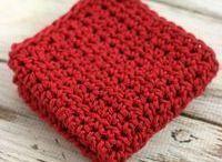 Dishcloth crochet patterns / Crocheted dishcloth patterns - simple beginner crochet dish cloths and wash cloths