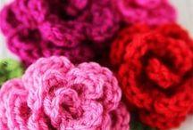 Crochet flowers / Beautiful crocheted flowers, crochet flower patterns