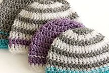 Crochet hats & beanies / Crocheted hat patterns, beanie patterns, crochet hats