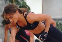 Fitness Motivation Pics / As a Personal Trainer, I have admiration and respect for women with amazing abs!