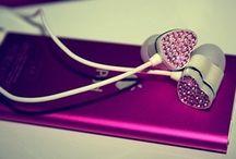 CrAzY Headphones!!!!