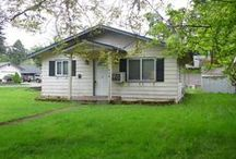 636 25th Street Washougal, WA 98671 / Buy an occupied auction property and save thousands! Auction dates TBD. Cute fixer upper ranch near Hathaway Elementary School in Washougal. Close to bus line and Highway 14. Two bedrooms, one bath, 884 square feet on 6,478 square foot lot. Don't miss out on this bargain! This property is pending.