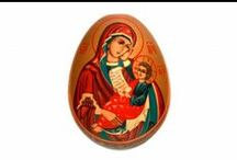 EASTER EGGS / Hurry up to buy a gift for your friends and family!  Wonderful hand painted Easter eggs from Russia!
