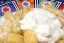 primi alla panna / La pasta asciutta è tra i cibi di consumo, soprattutto in Puglia.  Semplice, elaborata, nutriente. Con carne, pesce e verdure. Il gusto ci sorprende sempre. Ricette pugliesi, toscane e tradizionali. http://iopreparo.com/le-ricette/primi-piatti/primi-con-panna/