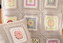 Granny Squares / Lots of granny-square patterns and ideas on what to make with them.