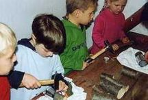 Werken / Crafting with kids using tools