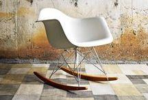 Sillas / Una silla es el elemento más representativo del diseño de mobiliario de vanguardia y el más identificativo para un autor.