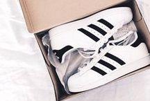 ⟶ adidas / waaaant