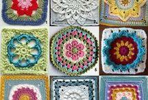 Uncinetto (mattonelle e fiori)