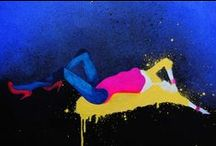 Ewa Zwarycz / Absolwentka Akademii Sztuk Pięknych we Wrocławiu. Twórczość Ewy Zwarycz oscyluje wokół współczesnej pop-estetyki. Bliskie są jej środki wyrazu wykorzystywane w mediach (szczególnie w kolorowych czasopismach i w Internecie) oraz w reklamie.