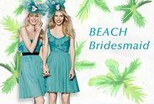 Beach Bridesmaid / エメラルドブルーの海、キラキラ光る砂浜、澄みわたる青空。心躍るビーチで着るブライズメイドドレス。
