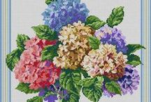 Vyšívaníčko - kytice, vence, ovocíčko... / Všetko, čo asi nikdy nepovyšívam, ale véééééľmi sa mi to páči!