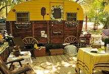 Vintage Trailer Decor / by Alby Furlong