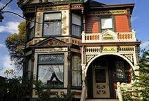 Eastlake Victorian Houses / by Alby Furlong