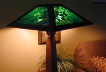 Holland Reading Lamp Frogskin Green Slag Glass