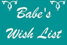 Holiday Gift Guide for the Babes / A list of must haves for any babe in the know.