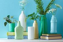 Paint Projects / Update decor and add some color to your crafts with paint! See more paint projects at https://makeityourselfmagazine.com/tag/paint-crafts!