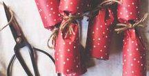 #DIY Crackers de Noël / Soyez créatif pour les Fêtes de fin d'année en réalisant vos propres crackers surprise, à déposer dans l'assiette de vos convives ! En savoir plus : http://www.idbuffet.com/blog/le-crakers/