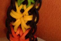 Elastici - Rainbow Loom / Mania Elastici: bracciali, anelli, portachiavi, tutorial, idee