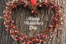 Valentine's Day Decor / Lovely home decorating ideas and inspiration for Valentine's Day.